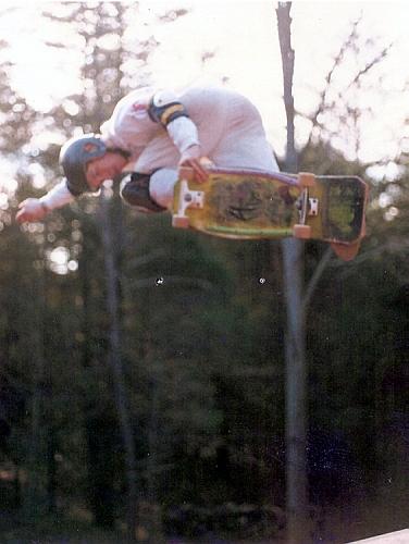 Hound DOG 1987